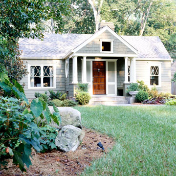Малка дървена сглобяема къща