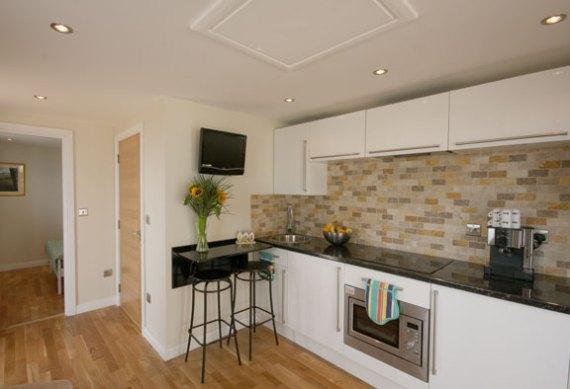 Кухня в малка къща